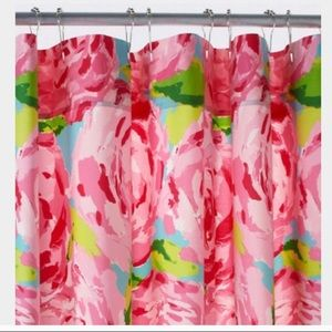 Lilly Pulitzer Shower Curtain 'First Impressions'
